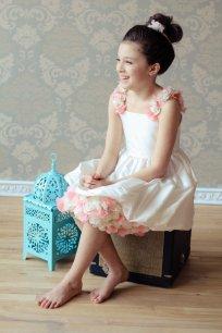 Pink and white flower girl dress - www.etsy.com/shop/annesdesignstudio