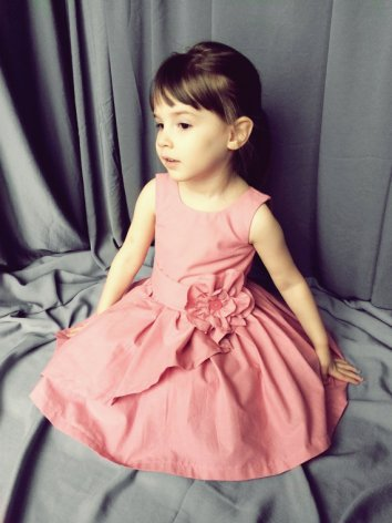 Pink flower girl dress - www.etsy.com/shop/SewCreationsBoutique