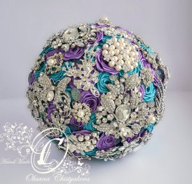 Purple and turquoise brooch bouquet - www.etsy.com/shop/Chistyakova