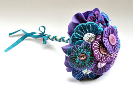 Purple and turquoise felt and button bouquet - www.etsy.com/shop/CharlieLaurieDesigns