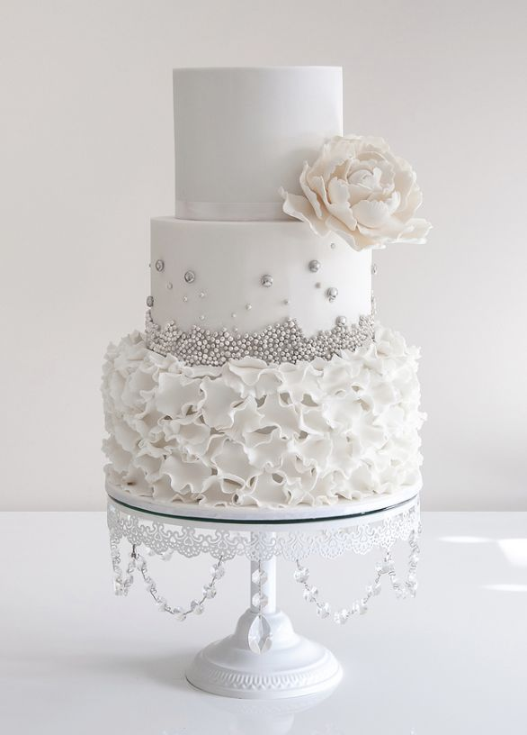 White and silver wedding cake inspiration {via deerpearlflowers.com ...