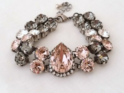 Blush and grey bracelet - www.etsy.com/shop/EldorTinaJewelry