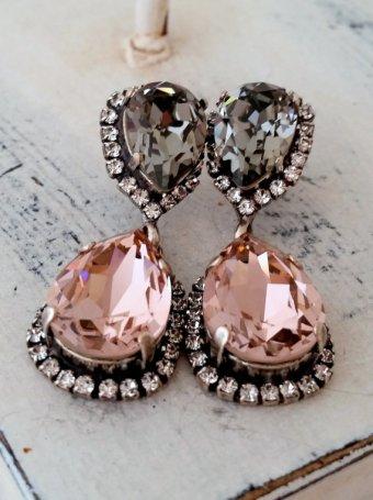 Blush and grey bridal earrings - www.etsy.com/shop/EldorTinaJewelry