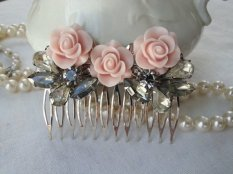 Blush and grey hair comb - www.etsy.com/shop/thesparklingsparrow
