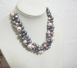 Blush and grey pearl necklace - www.etsy.com/shop/SLDesignsHBJ