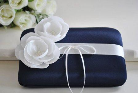 Midnight blue ringbearer pillow - www.etsy.com/shop/Vanijja