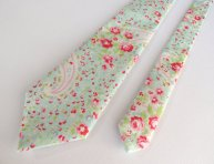 Pink and aqua necktie - www.etsy.com/shop/BoyHowdyClothing