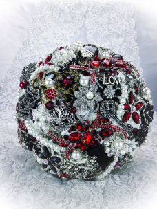 Black, white and red brooch bouquet - www.etsy.com/shop/NatalieKlestov