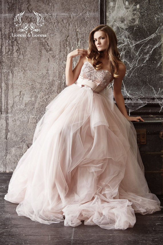Beautiful wedding dresses from the merry bride for Etsy dresses for weddings