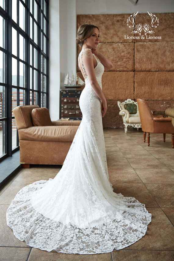 Lace wedding dress for Lioness and lioness wedding dresses
