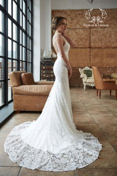 Lace wedding dress - www.etsy.com/shop/DressesLioness