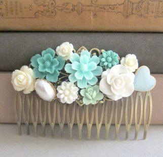 Mint and light blue hair comb - www.etsy.com/shop/Jewelsalem
