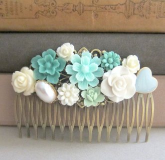 Mint and light blue hair comb - www.etsy.com/shop/Jewelsalem