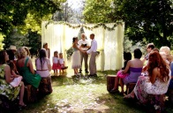 Backyard wedding ceremony backdrop inspiration {via thenaturalweddingcompany.co.uk