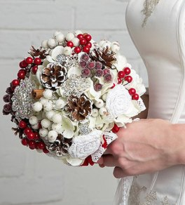 Christmas wedding brooch bouquet - www.etsy.com/shop/JewelryBouquet