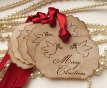 Christmas wedding gift tags - www.etsy.com/shop/amaretto