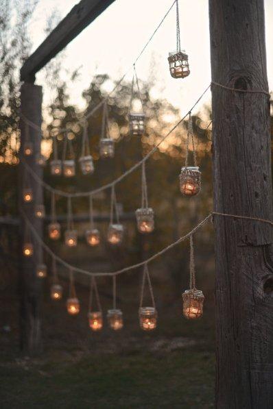 Garland of mason jar hangers - www.etsy.com/shop/SpindleShuttleNeedle