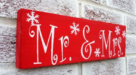 Mr and Mrs Christmas wedding sign - www.etsy.com/shop/deSignsOfExpression