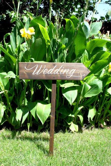 Wooden wedding sign - www.etsy.com/shop/CustomWoodDesignLLC