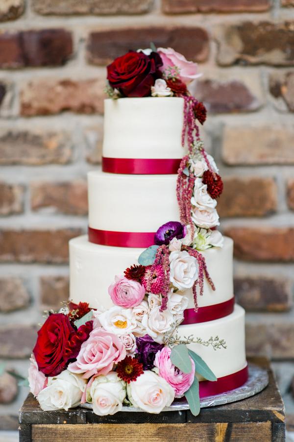 Burgundy and pink wedding cake inspiration {via ruffledblog.com ...