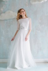 Tulle and lace wedding dress $450 - www.etsy.com/shop/Goroshina