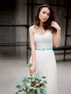 Wedding dress $490 - www.etsy.com/shop/Milamirabridal