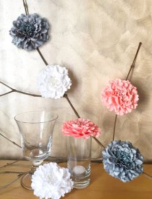 coral and grey fabric flower decor - www.etsy.com/shop/rainestylehome