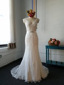 Dress available from https://www.etsy.com/nz/listing/566410707/cap-sleeves-mermaid-lace-wedding-dressv?ga_order=most_relevant&ga_search_type=all&ga_view_type=gallery&ga_search_query=&ref=sr_gallery-1-10