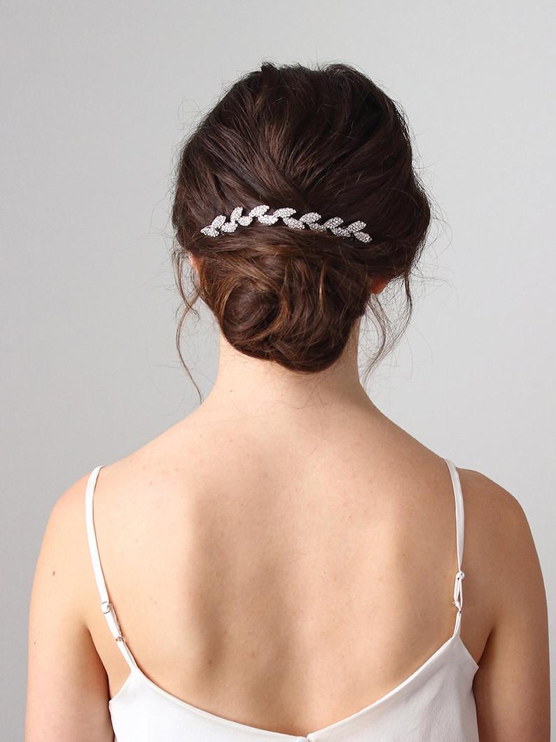 Bridal vine hair accessory