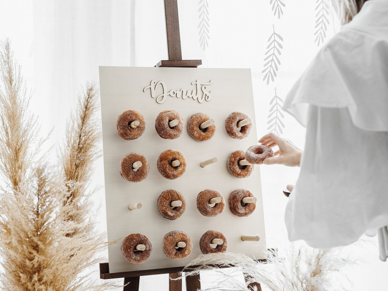 Donut wall for the reception