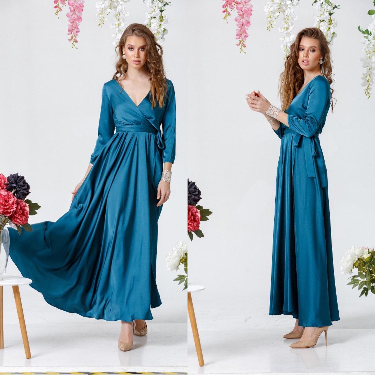 Three-quarter sleeve bridesmaid dress