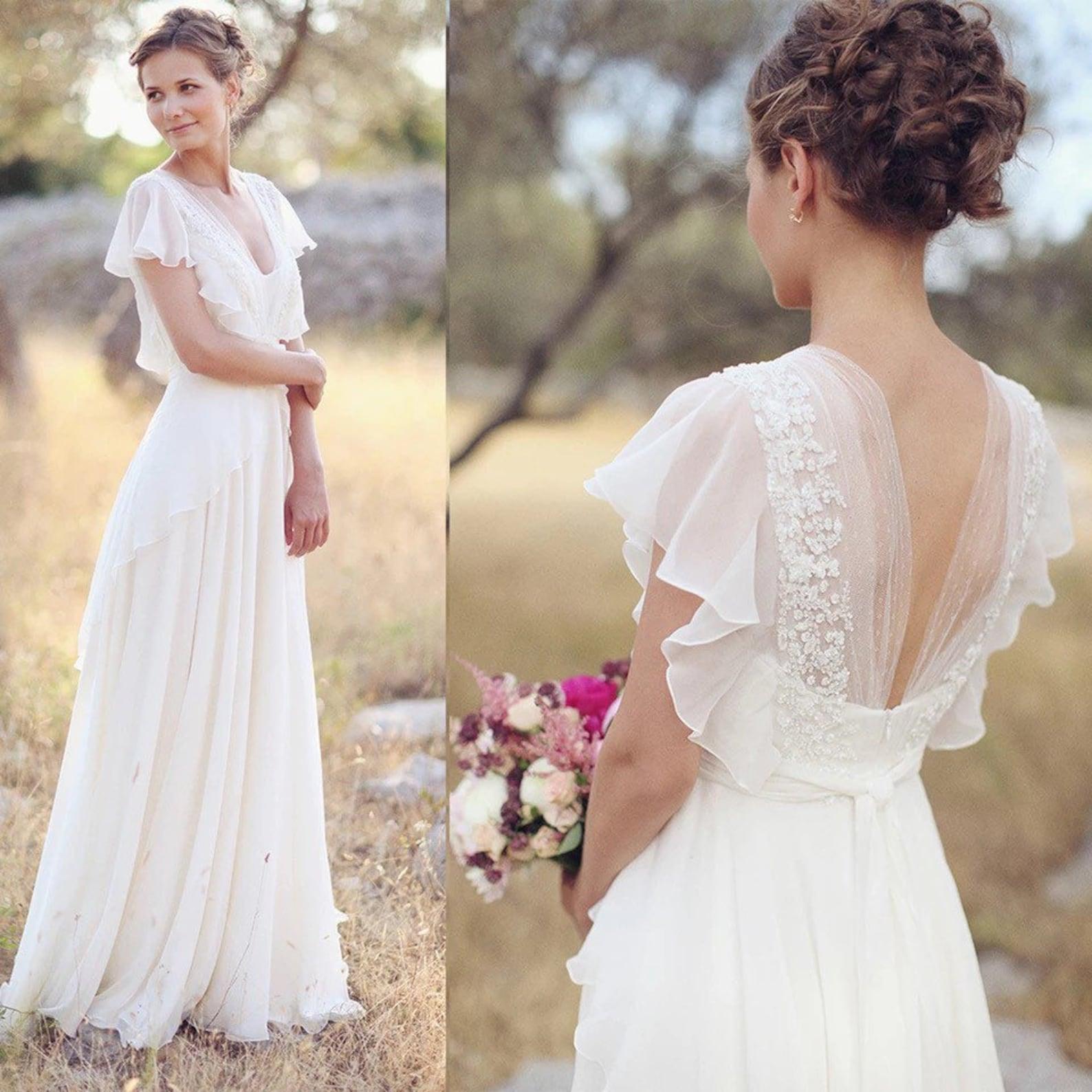 Lace and chiffon wedding dress