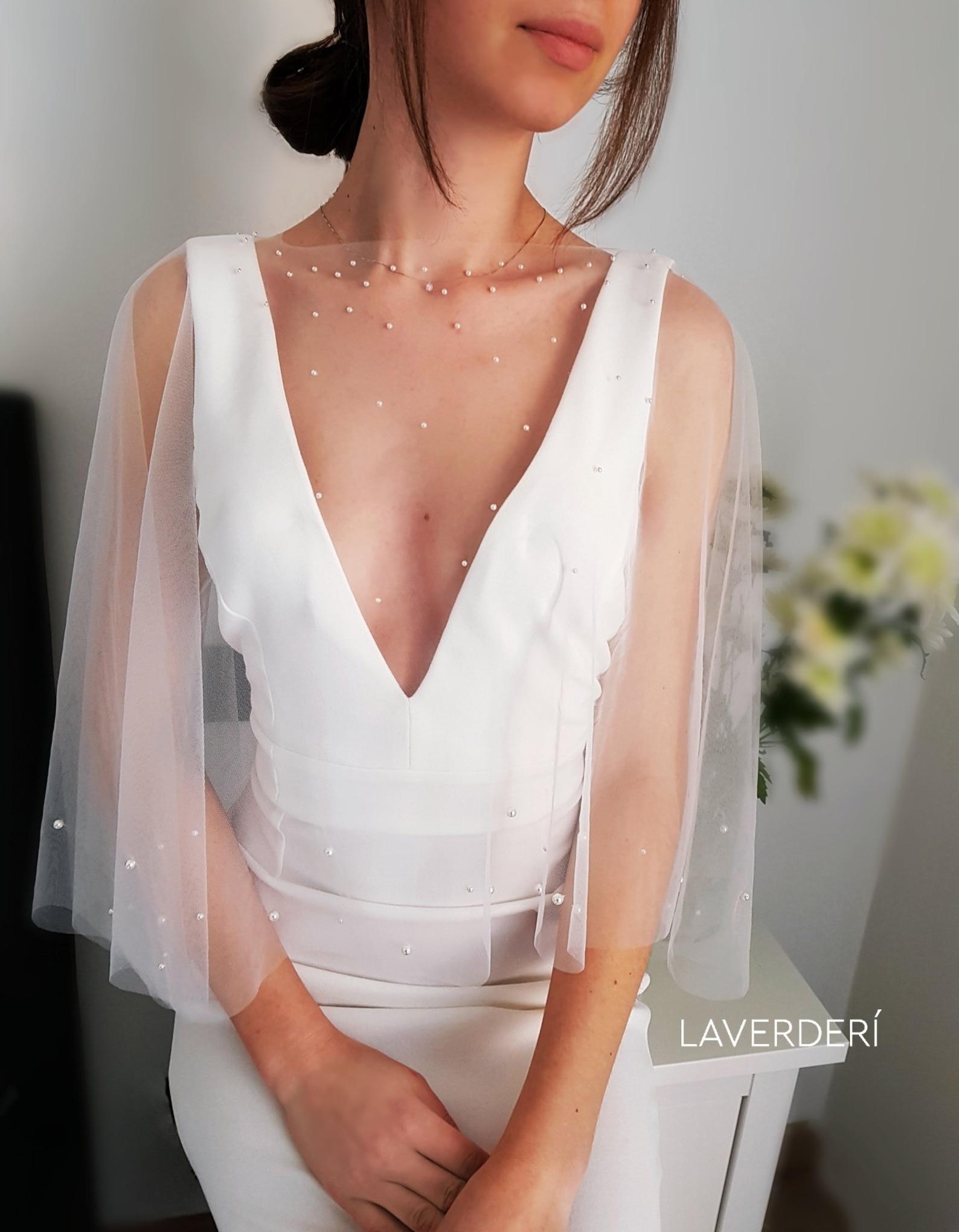 Pearl bridal capelet