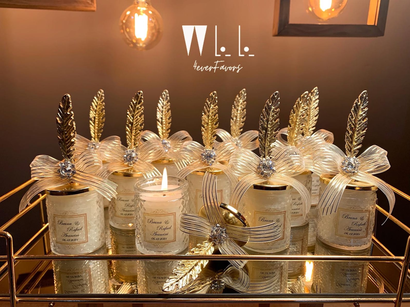 Personalised candle wedding favours
